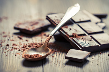 dark chocolate to prevent tooth decay